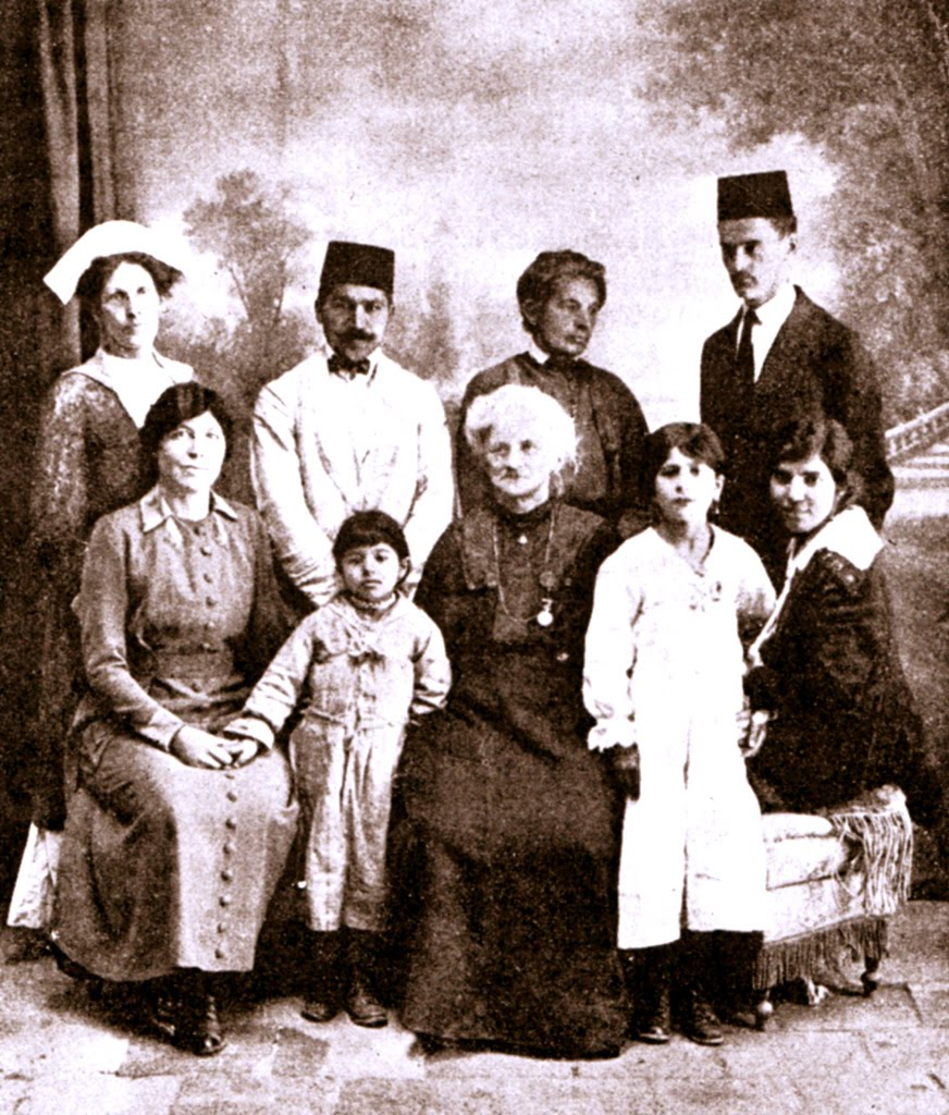 Dr. Moody with some friends in Tehran, 1920. Photo courtesy of the Baha'is of the U.S. (www.bahai.us)