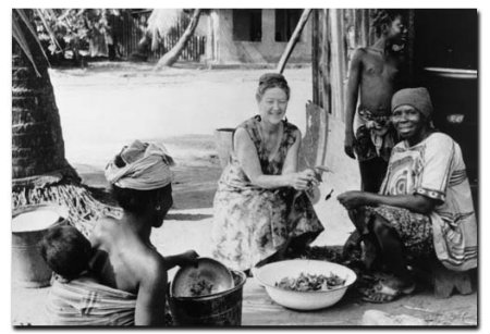 Ruhiyyih Khanum visiting Gbendembou village in Sierra Leone, March 1971.